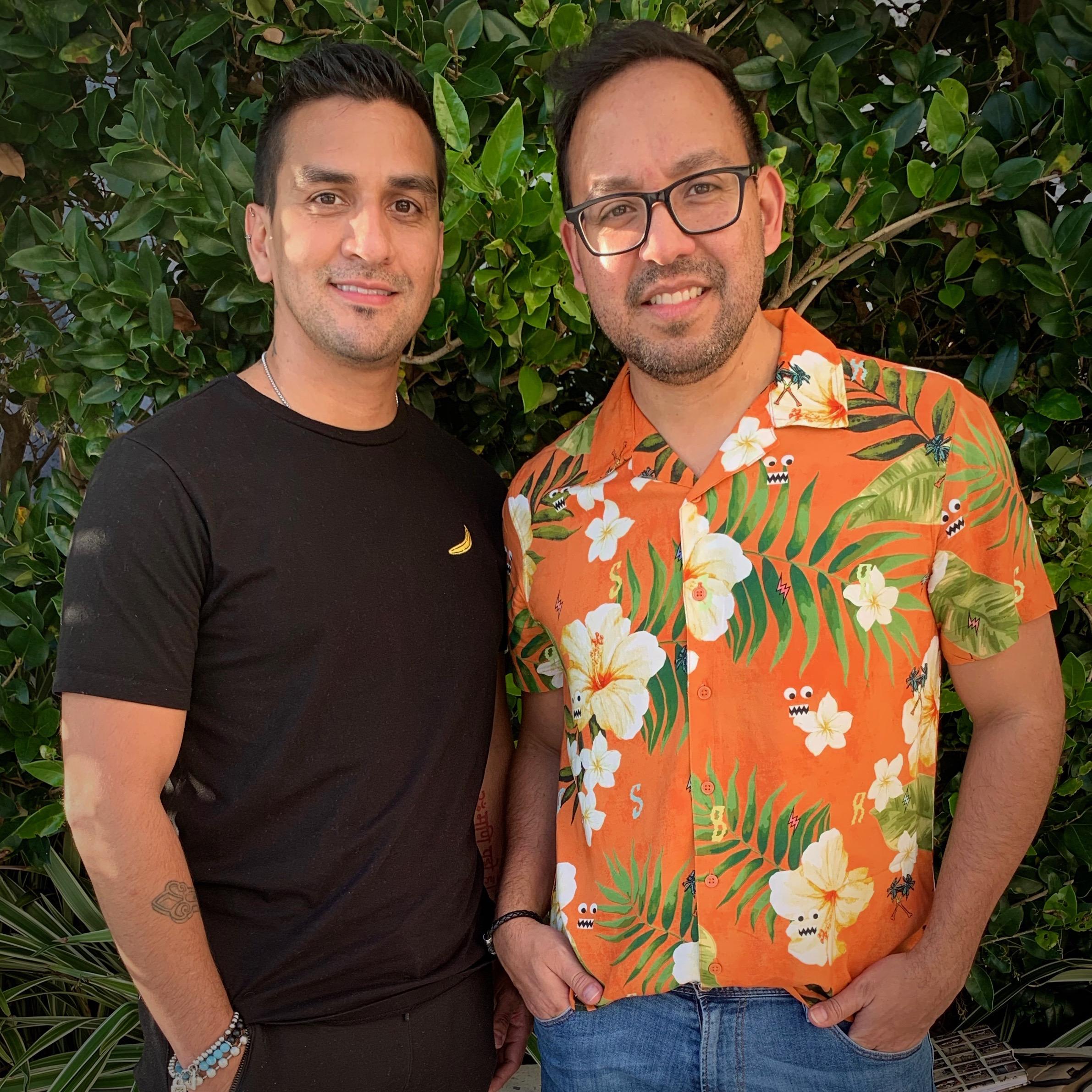 Sebastian & Juan En Vitrina